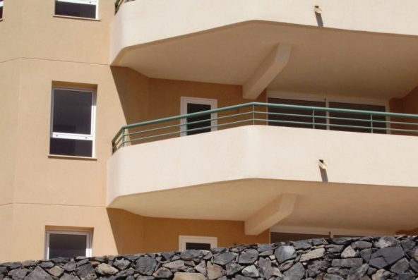 two-bedroom apartment for sale in the residential complex Los Castanos in Madronal de Fanabe.