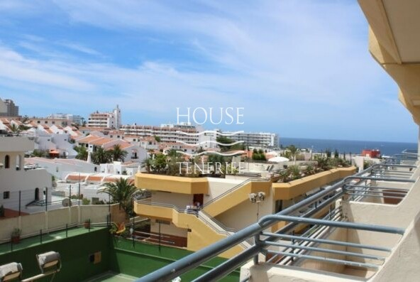 Apartment for sale in the residential complex Santa Maria 3 * in the Costa Adeje region
