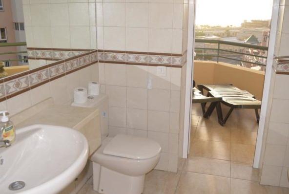 bathroom-nr-201-750x397