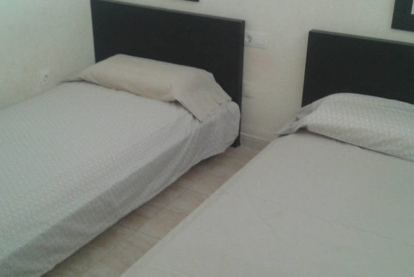 bedroom-2-nr-208-750x397