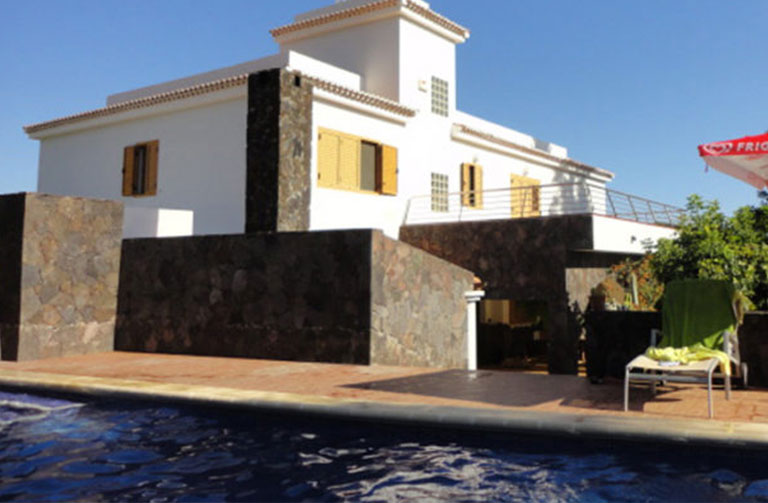 villa for sale in Los Cristianos