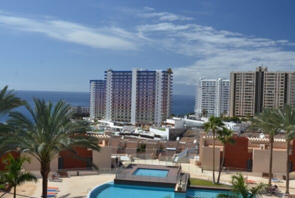 2 bebroom apartment located on top level in Playa Paraiso
