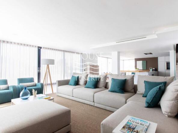 VILLA 6 BED UN433 CALA JONDAL EN CO-4